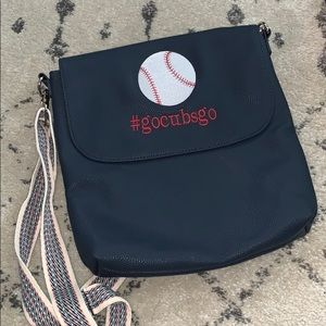 Thirty one crossbody purse! Chicago Cubs